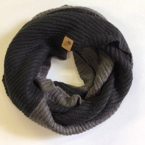 North Face Scarve